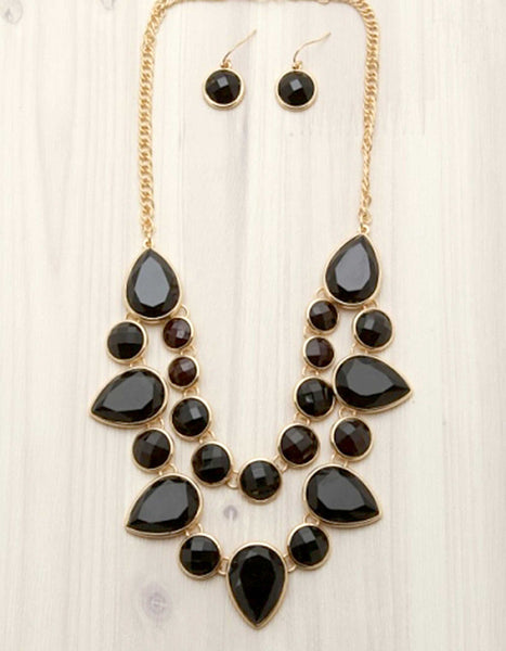 layered, stone, necklace, bib necklace, black, gold