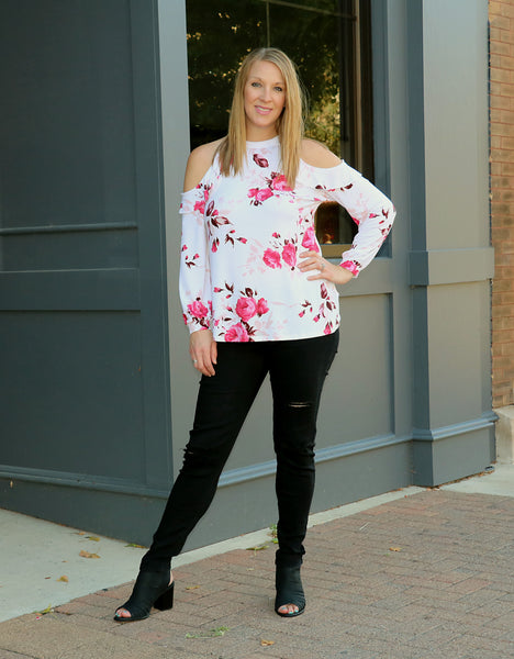 Floral Cold Shoulder Top full outfit