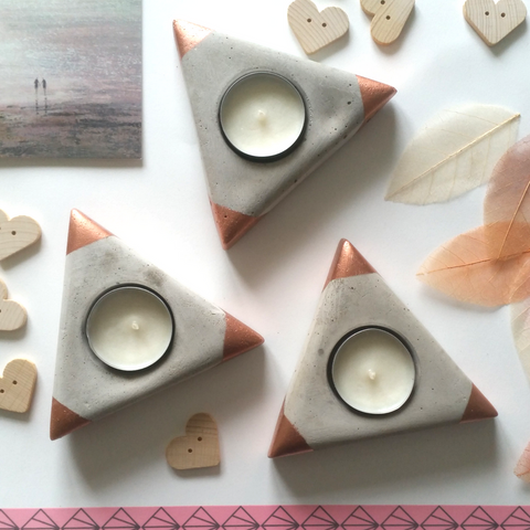 Equilateral concrete tea light holders