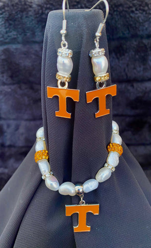 Tennessee Volunteers Logo Pearl Earrings and bracelet set