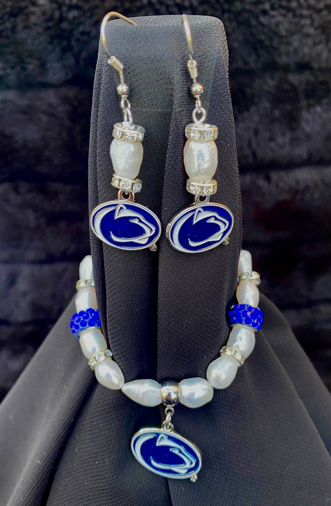 Penn State Nittany Lions Logo Pearl Earrings and bracelet set