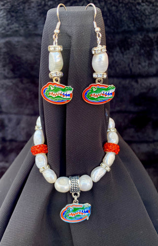 Florida Gators Logo Pearl Earrings and bracelet set