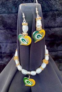 Green Bay Packers Heart Logo Pearl Earrings and bracelet set