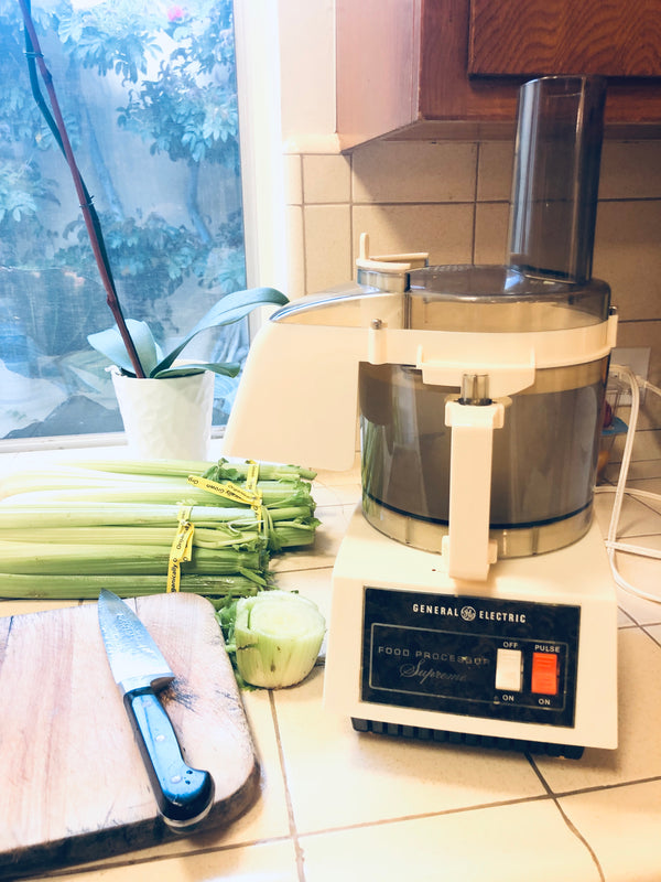 How to Make Celery Juice with a Food Processor or Blender