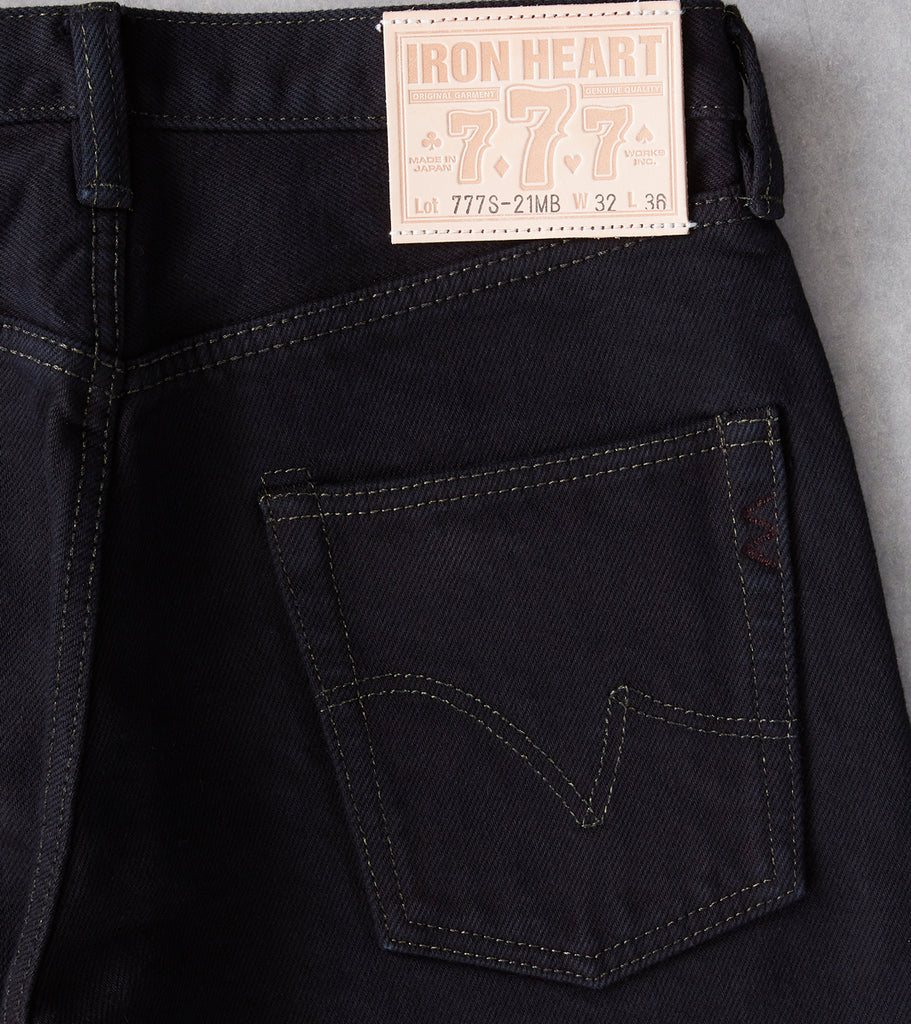 Division Road Iron Heart 777S-21mb - Slim Tapered - 21oz Mad Black