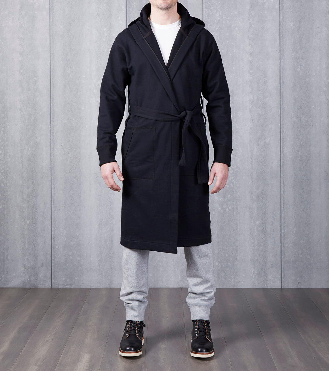 ... Reigning Champ Hooded Robe - Black Division Road ... 4e951c583