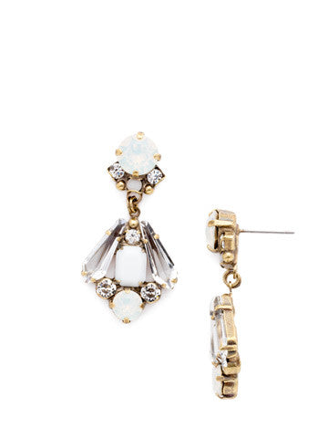 Cashmere Coronet Earring in Pearl Luster