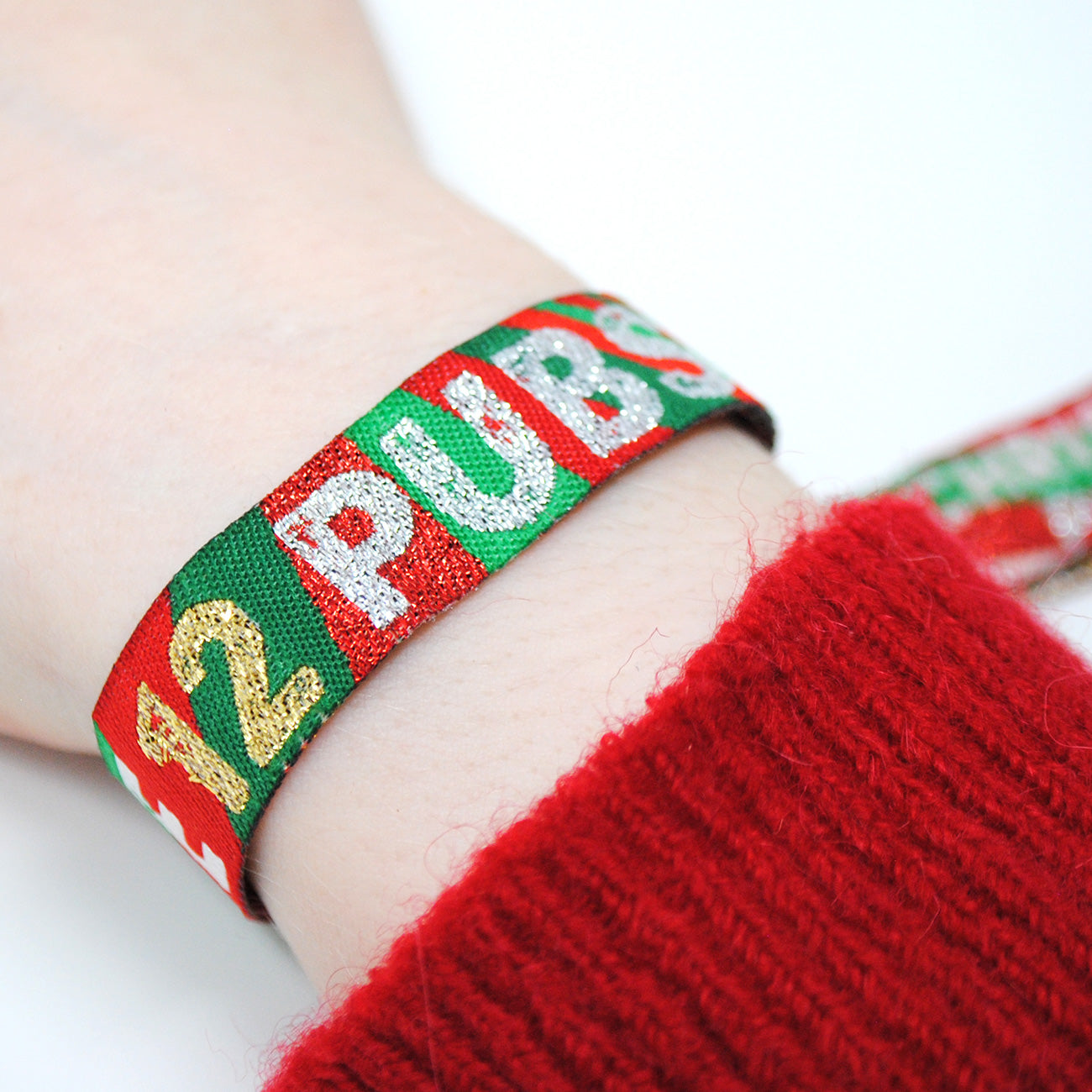 the 12 pubs christmas party pub crawl wristbands favours
