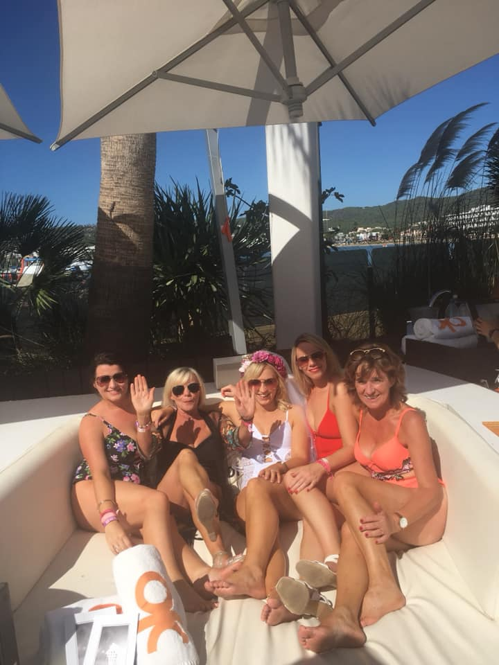 hen party wristbands o beach club ibiza