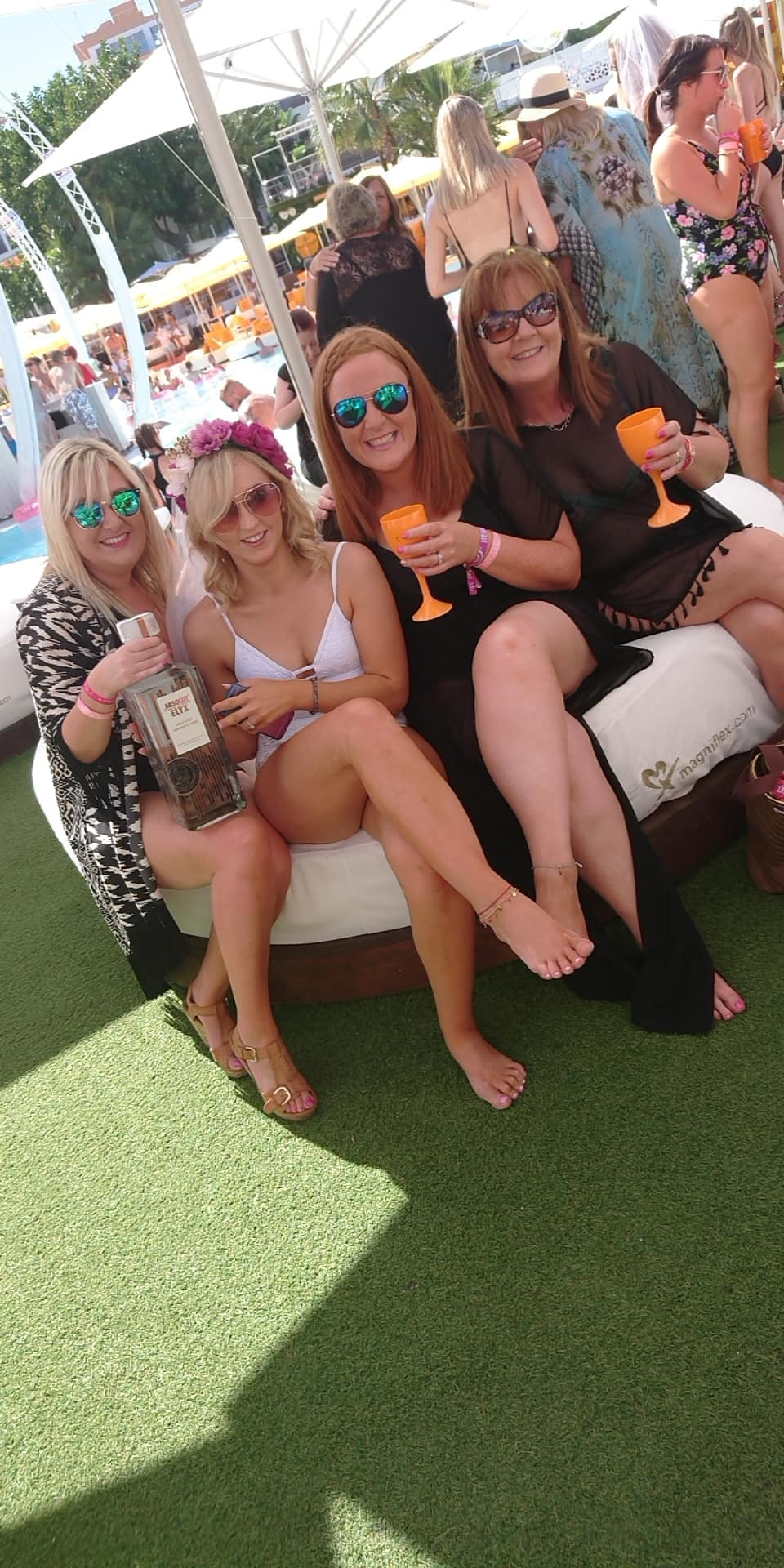 ocean beach club ibiza hen party wristbands