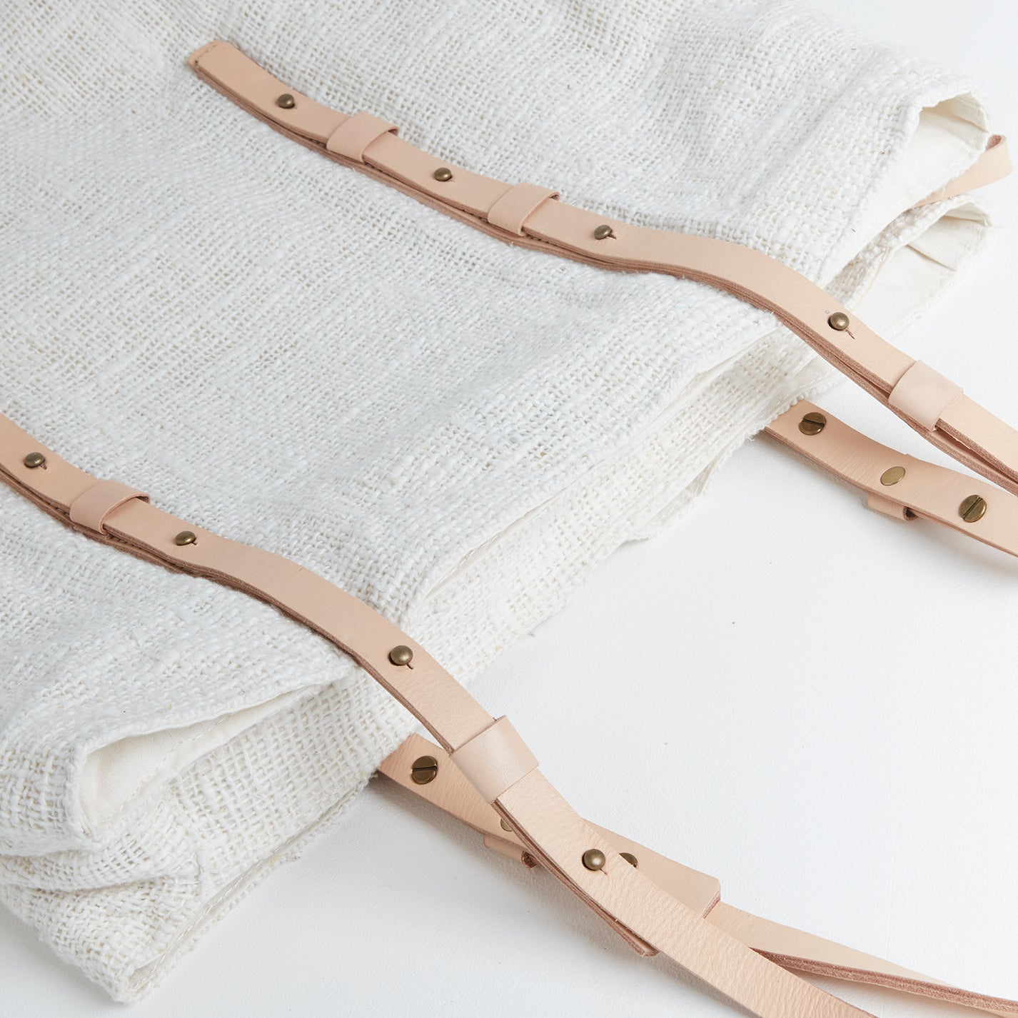 Corsica Linen Style Bag, Straps | Betsy & Floss