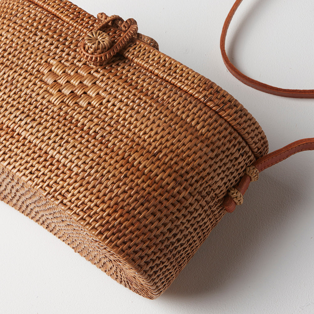 Cayman Basket Bag Detail | Betsy & Floss
