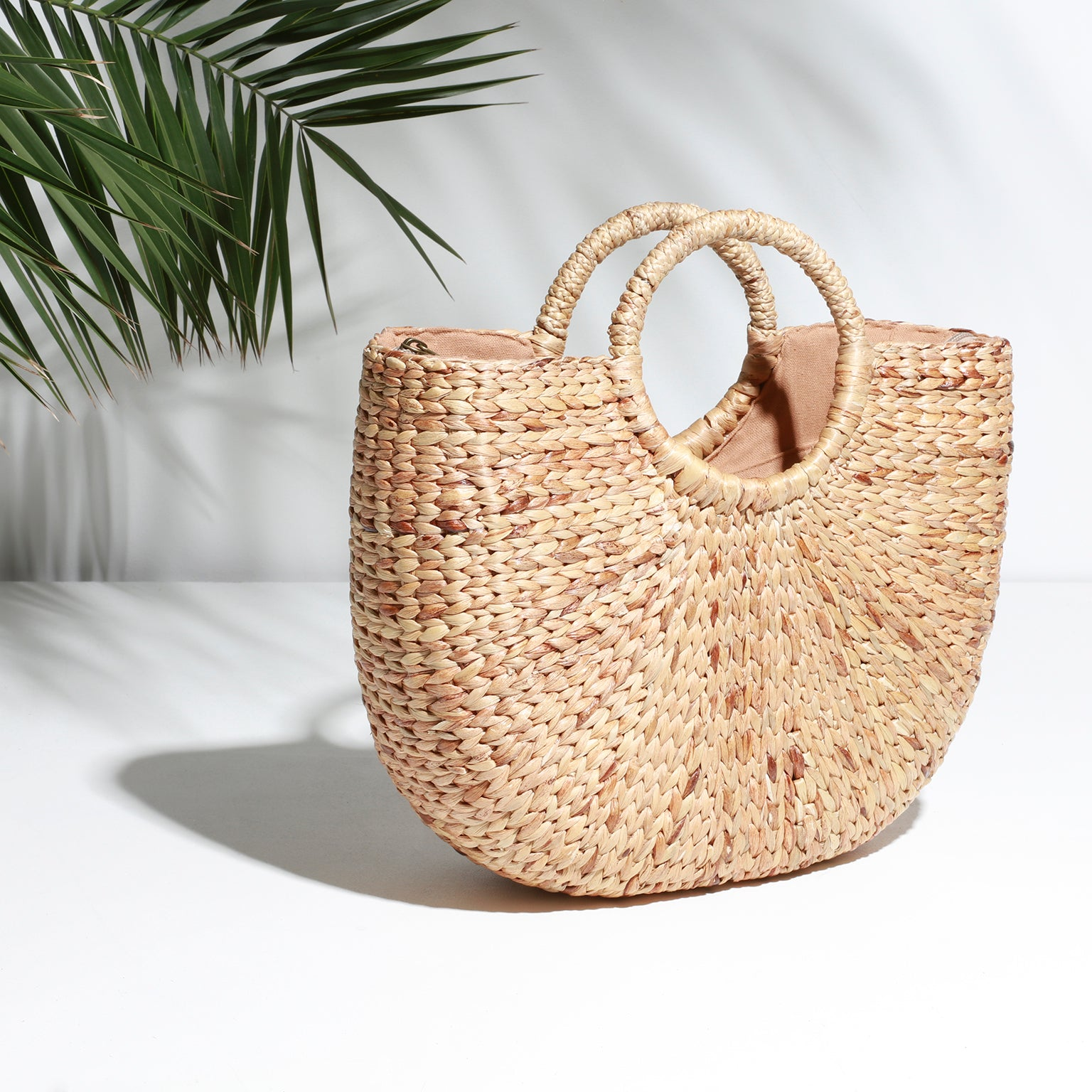 Large Ischia Basket Bag, Side View | Betsy & Floss