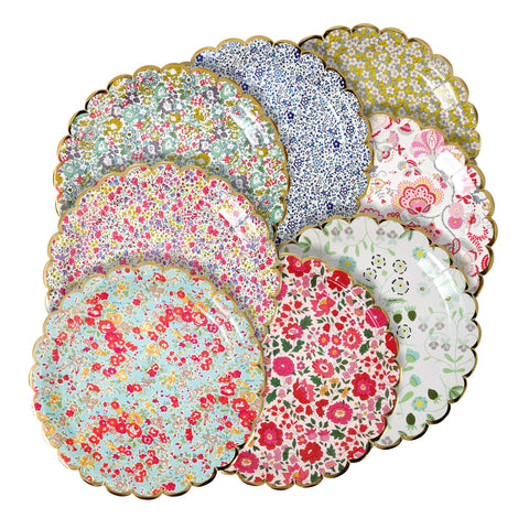 Assorted Liberty Paper Plates in Large