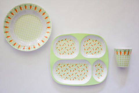 Gingham and Carrot Place Setting Set