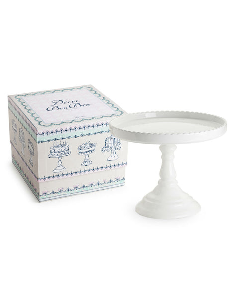 Porcelain Scalloped Round Cake Stand