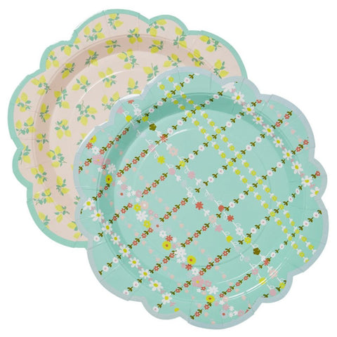 Flower Shaped Paper Plates