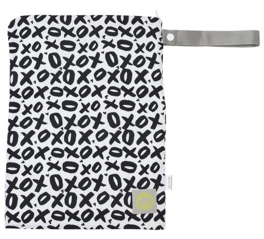 Travel Happens Sealed Wet Bag with Adjustable Handle Wet Bag with Handle Itzy Ritzy® XOXO