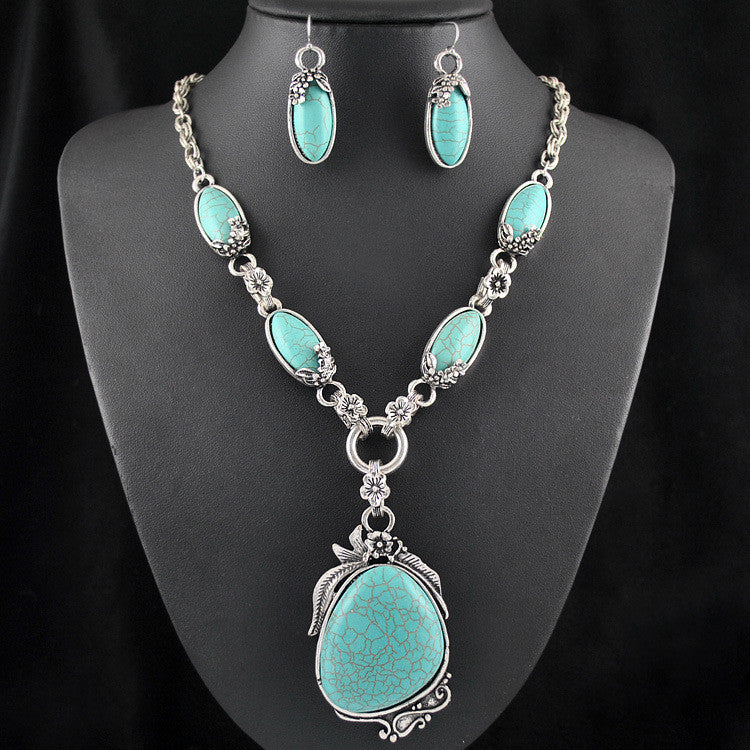 Turquoise-Necklace-and-Earring-Set-Silver