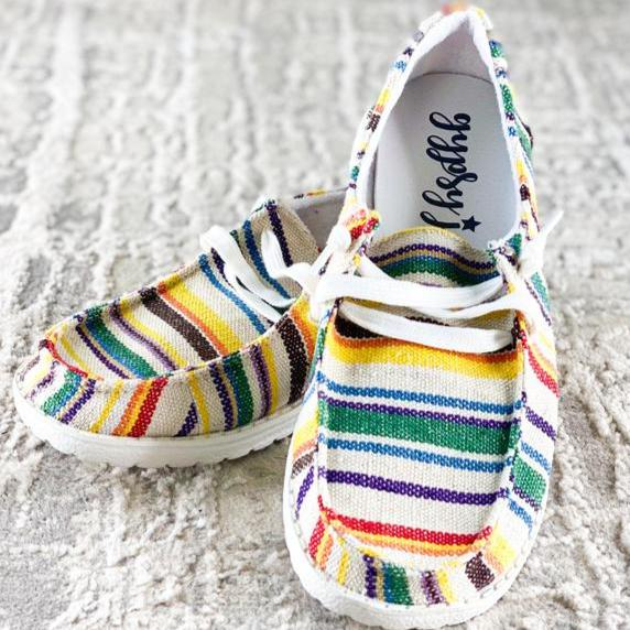 Shilah Sneakers in White Stripe