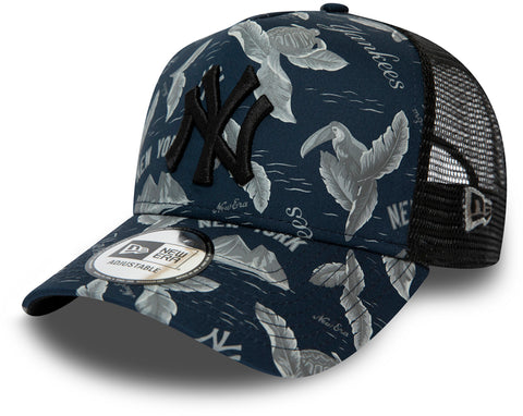 NY Yankees New Era MLB Desert Island Black Trucker Cap