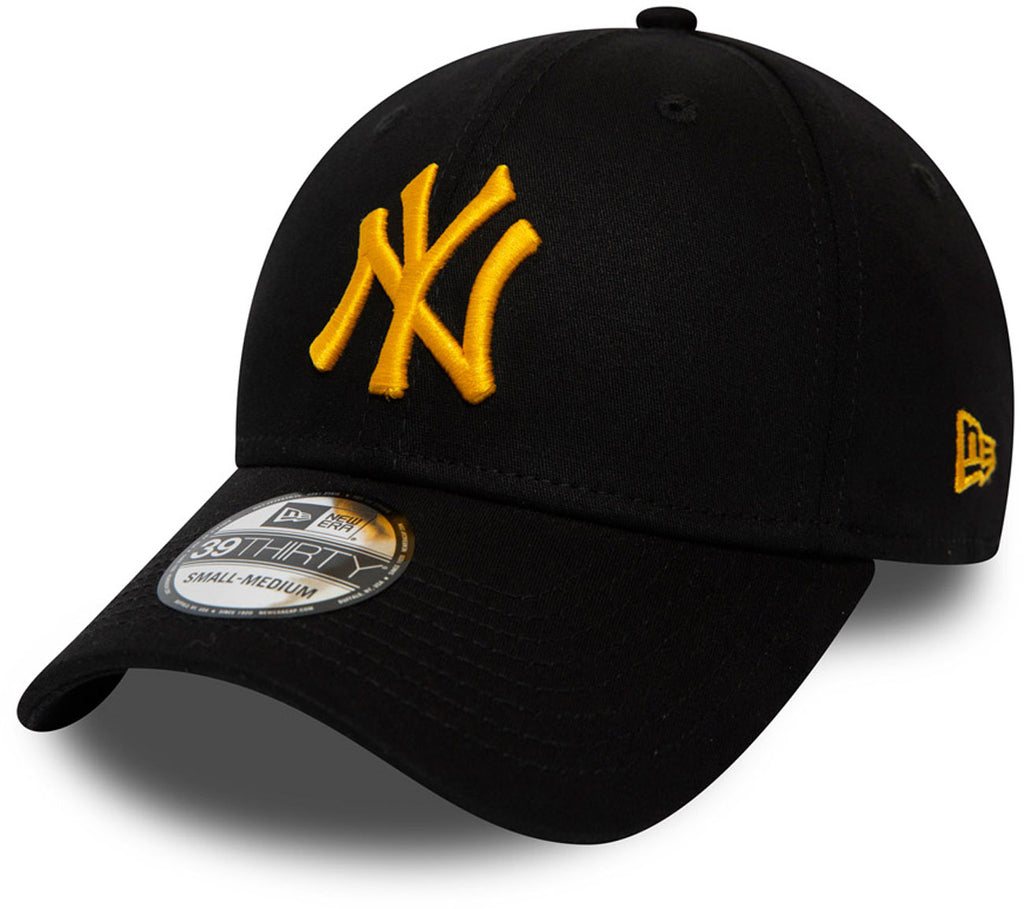 NY Yankees New Era 3930 League Essential Black/Gold Stretch Fit Baseball Cap