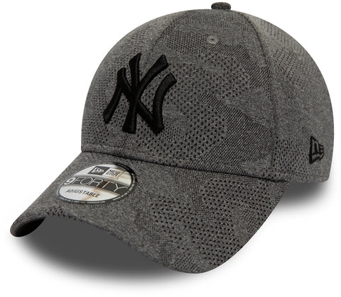NY Yankees New Era 940 Engineered Plus Black Baseball Cap