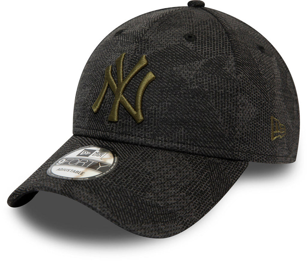 NY Yankees New Era 940 Engineered Fit Black Baseball Cap