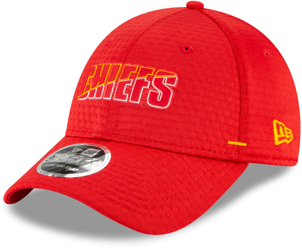 Kansas City Chiefs New Era 940 NFL On Field Training Stretch Snap Cap