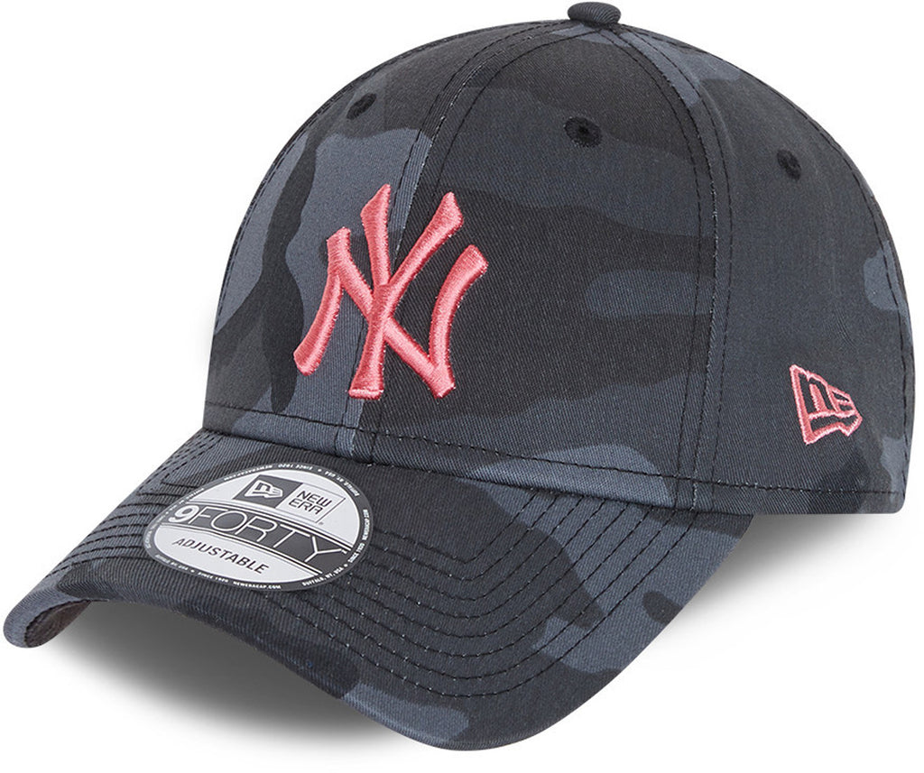 NY Yankees Kids New Era 940 Midnight Camo Baseball Cap (Ages 6 - 12)