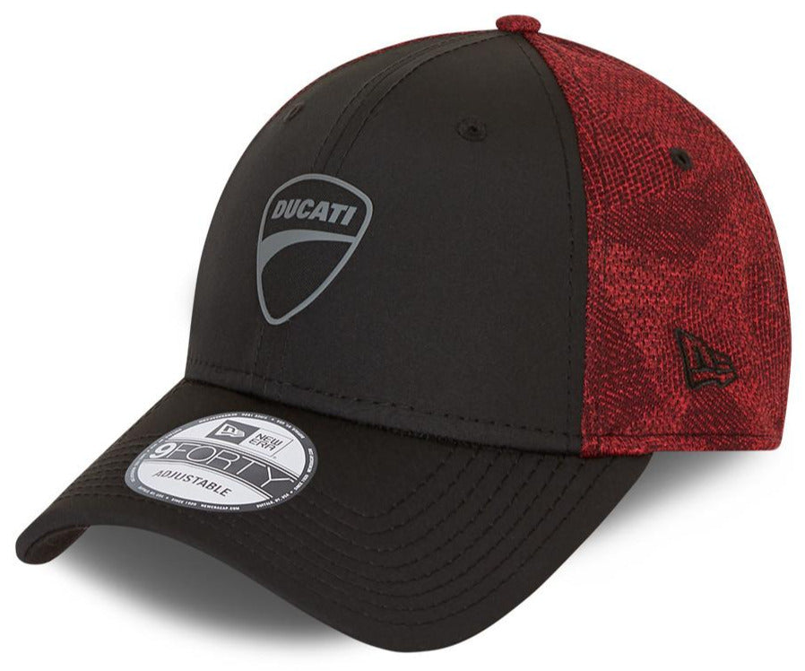 Ducati New Era 940 Engineered Fit Black/Scarlet Cap