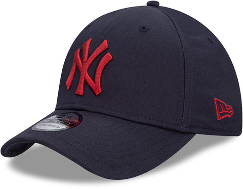 New York Yankees New Era 3930 League Essential Navy Stretch Fit Baseball Cap