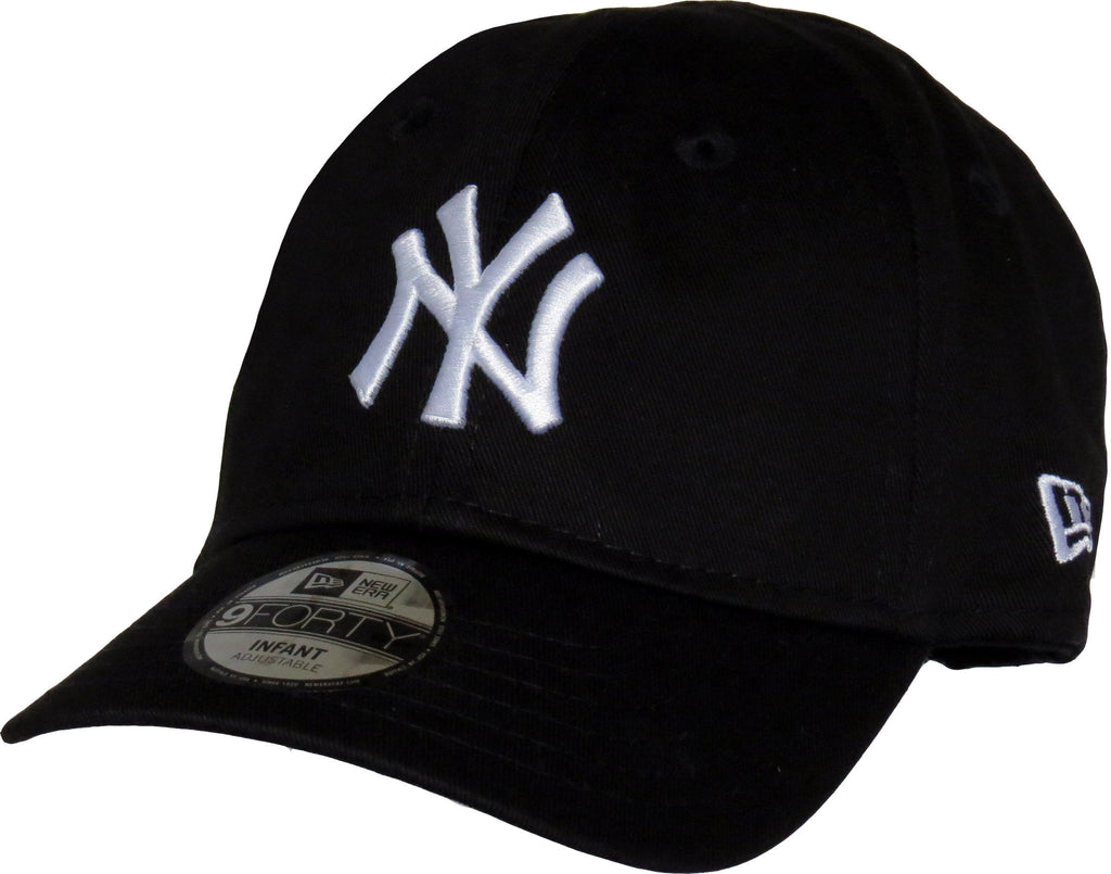 New Era 940 NY Yankees Stretch Fit Infants Black Cap (0-2 years)