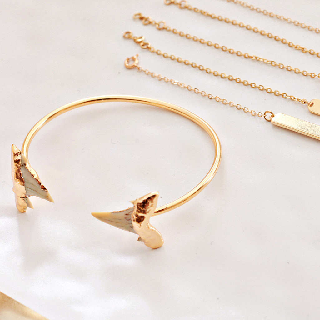 Harrison + Draper Shark Tooth Bangle