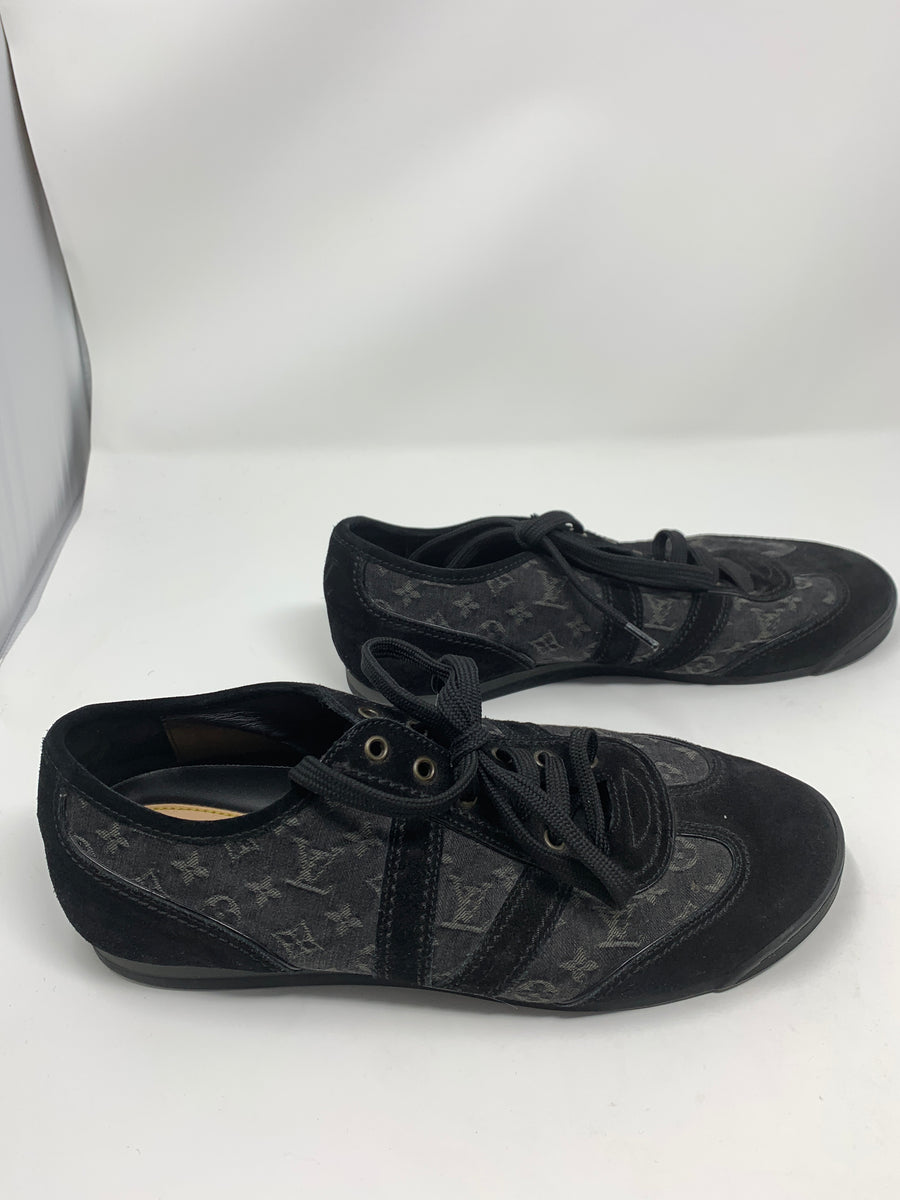 Louis Vuitton Sneakers!