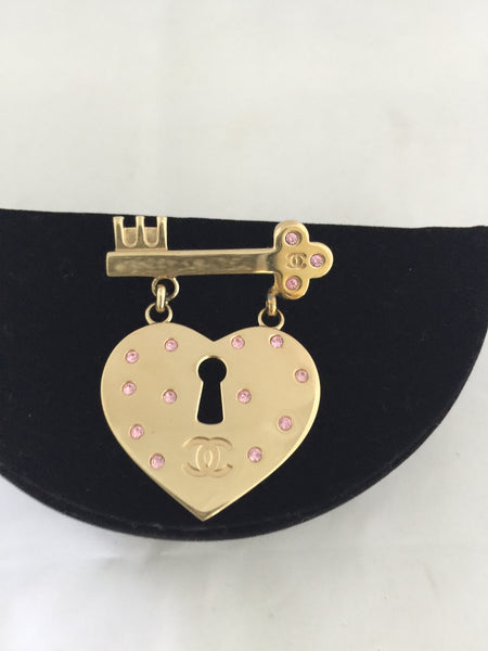 Chanel Heart Lock And Key Brooch! - New York Authentic Designer - Chanel