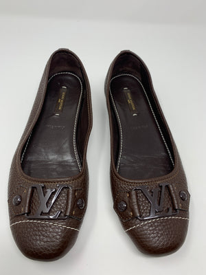 Louis Vuitton Flats! - New York Authentic Designer - New Neu Glamour | Preloved Designer Fashion