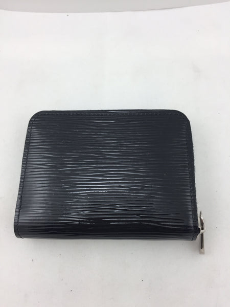 Louis Vuitton Black Epi Small Wallet!