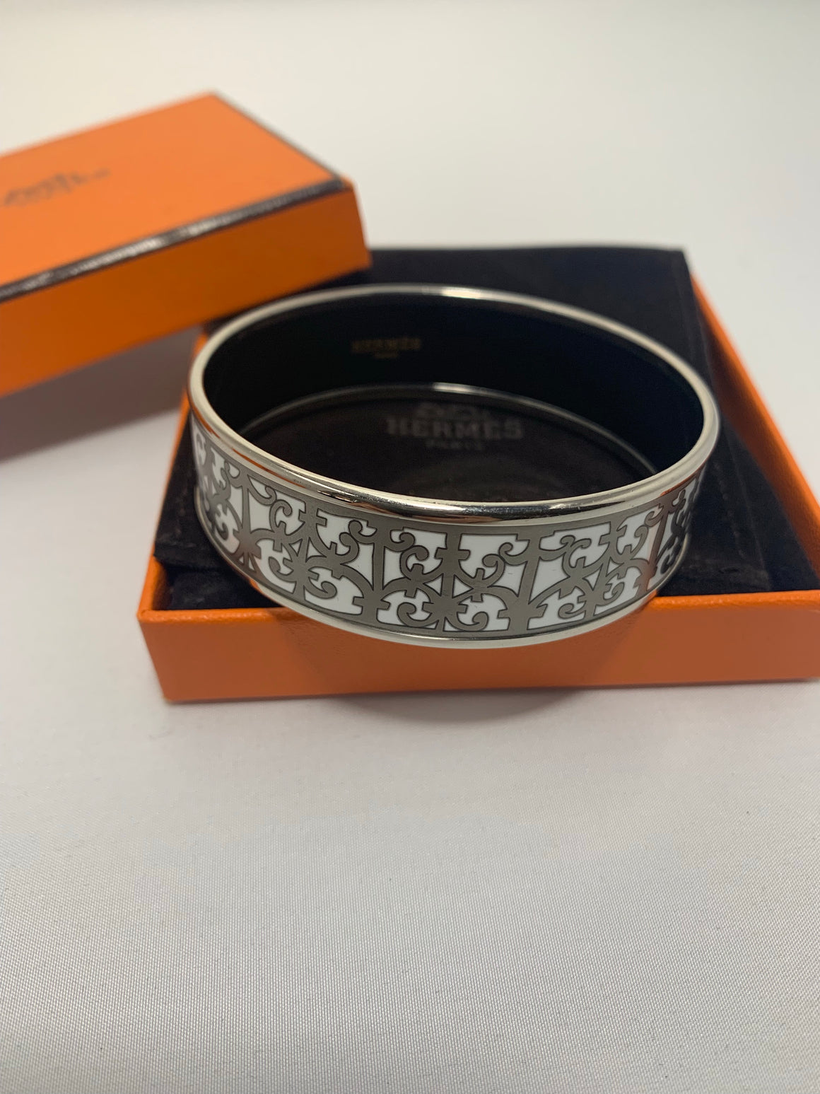 Hermès Balcons du Guadalquivir Bangle! - New York Authentic Designer - Hermès