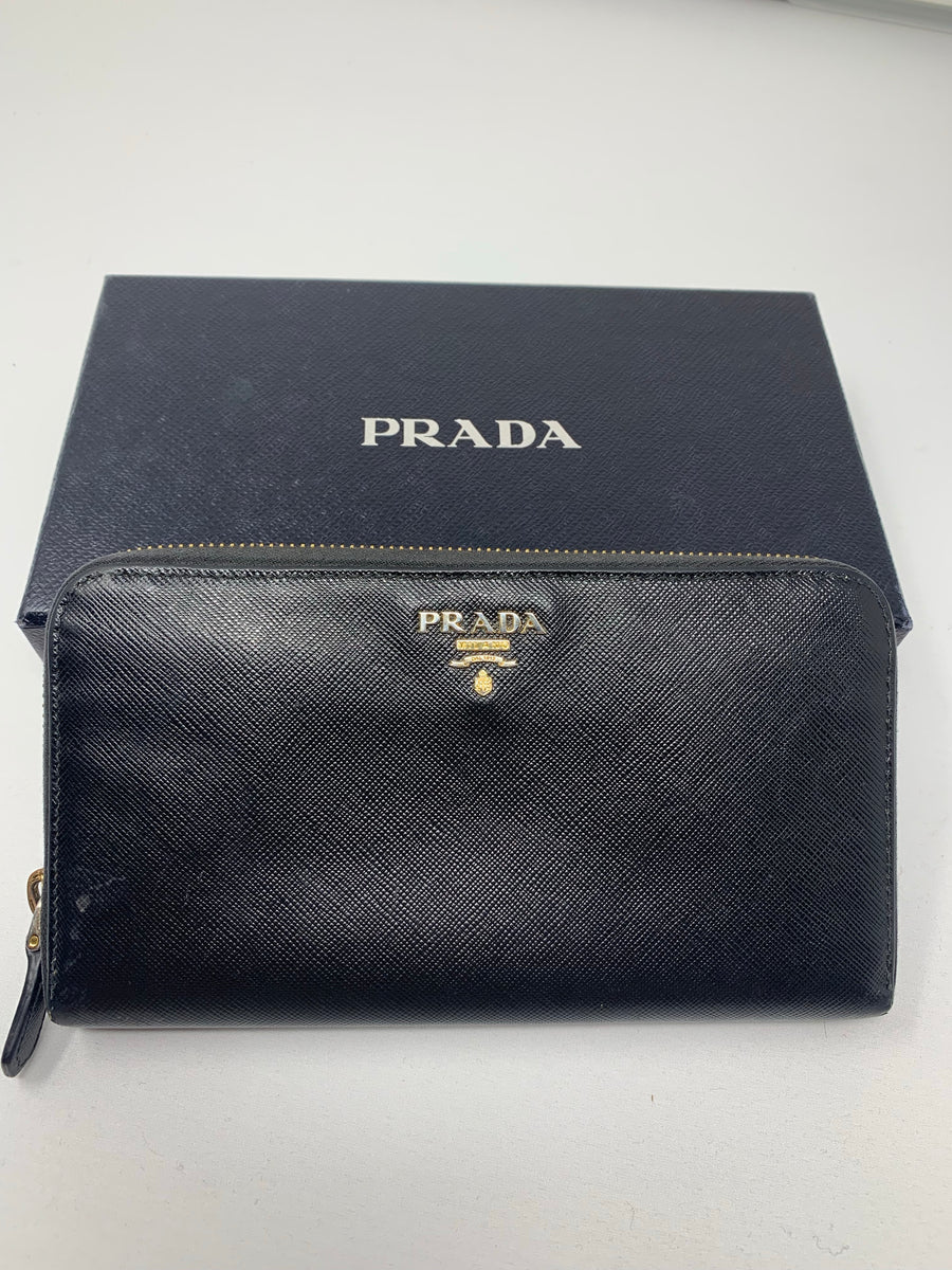 Prada wallet - New York Authentic Designer - New Neu Glamour | Preloved Designer Fashion