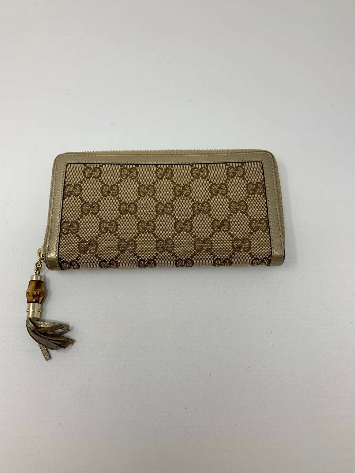 Gucci GG Supreme Wallet! - New York Authentic Designer - Gucci