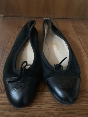 Chanel Suede flats - New York Authentic Designer - New Neu Glamour | Preloved Designer Fashion