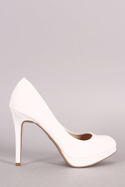 Anne Michelle Classic Almond Toe Pump - JDI Threads
