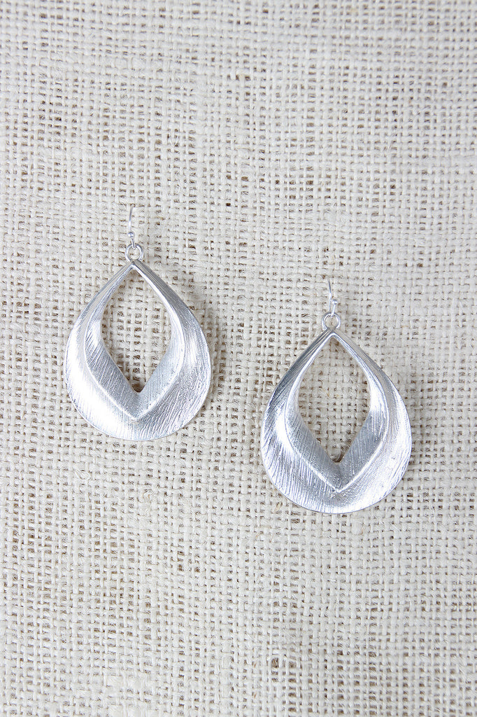 Textured Tear Drop Dangle Earings