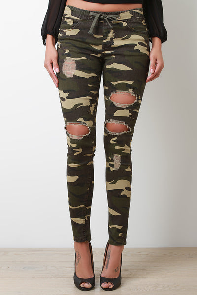 Camouflage Distress Skinny Pants