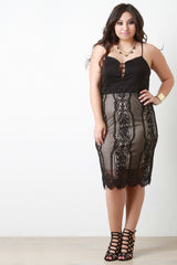 Scallop Eyelash Lace Contrast Midi Dress