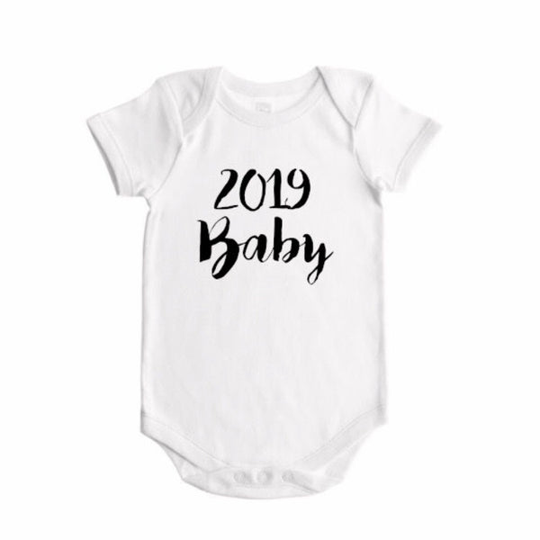 2019 baby (handwritten font) announcement - BODYSUIT - Dotboxed