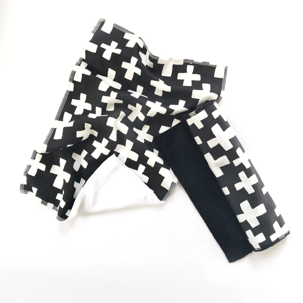 Loveys - Black and White Cross - Dotboxed
