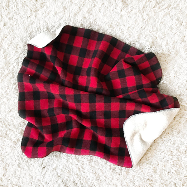FLEECE AND CHENILLE BLANKET - RED BUFFALO CHECK - Dotboxed