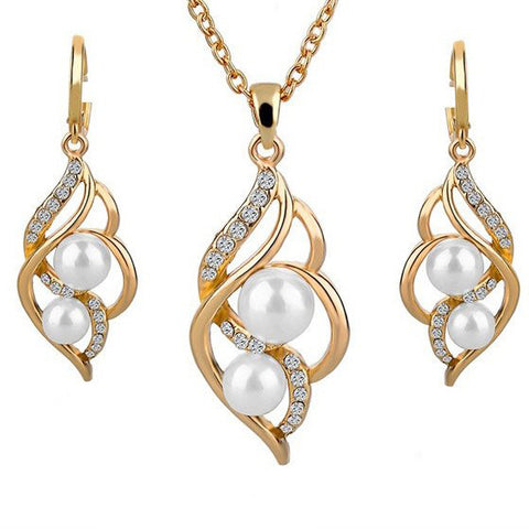 Pearl Inlaid Gold Necklace and Earrings